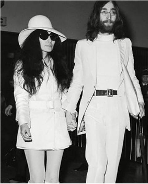 Yoko Ono and John Lennon during their wedding in 1969