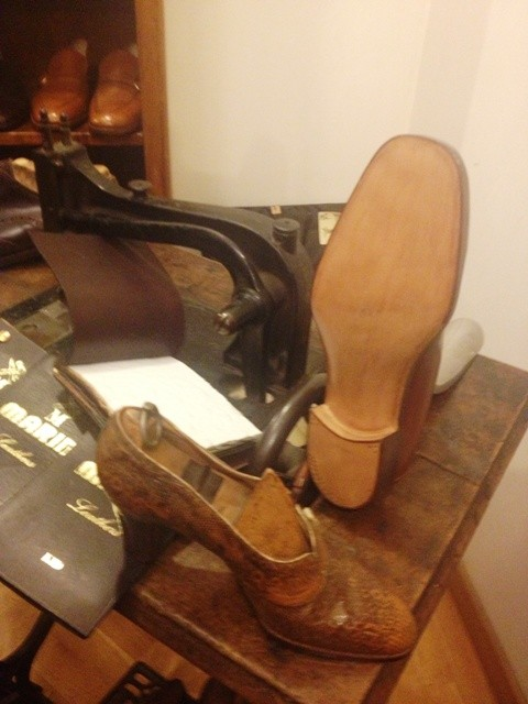Marini calzature, hand-made female shoes from Forties