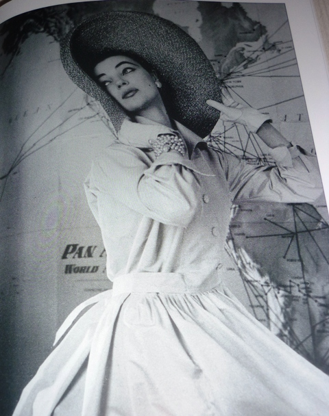 The model Ivy Nicholson wearing a dress by Sartoria Fabiani, 1955, photo by Pasquale de Antonis