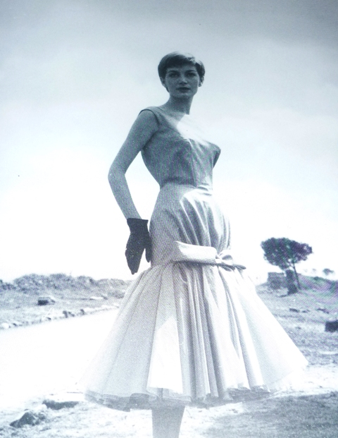 The artist Maria Grazia Mariani wearing a dress by Capucci, 1955, photo by Pasquale de Antonis