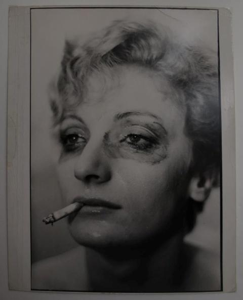 Portrait of woman smoking, photo by Louis Farer, New York, 1962