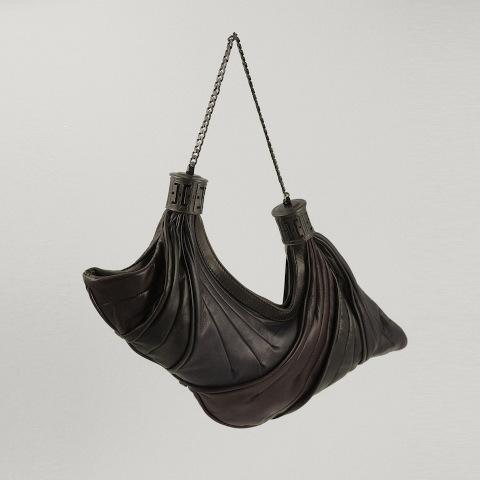 Arnoldo Battois Fall/Winter 2013-2014, colibrì plissé bag