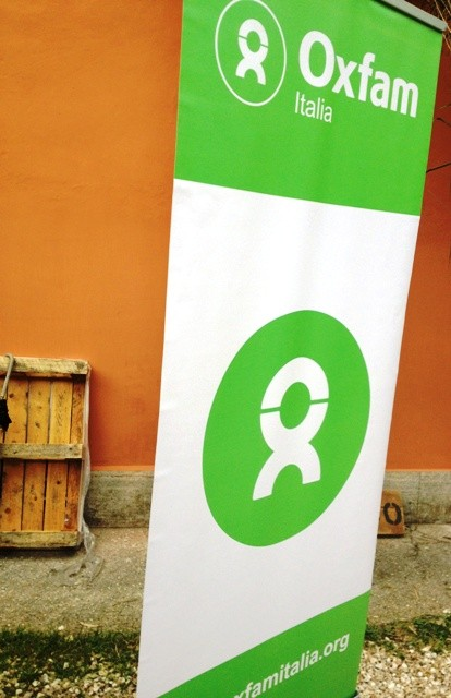 The no-profit association Oxfam Italia featuring in Floracult