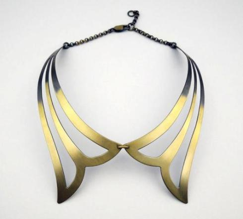 Lilies, necklace by Mario Salvucci