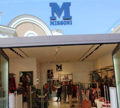 Walking at the McArthurGlen Castelromano Designer Outlet...the boutique of M Missoni, photo by Giorgio Miserendino