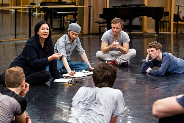 Marina Abramovic along with the dancers, photo by Agathe Poupeney