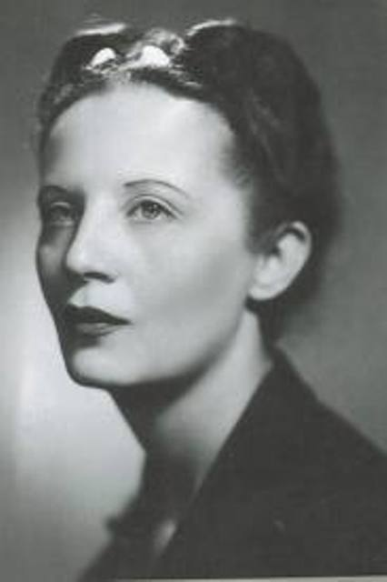 Irene Brin, a celebrated Italian fashion journalist