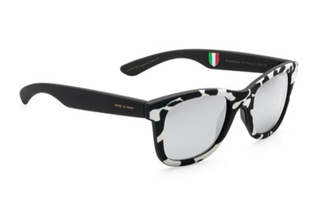 The tribute to juventus sunglasses by italia independent for Lapo elkann glasses