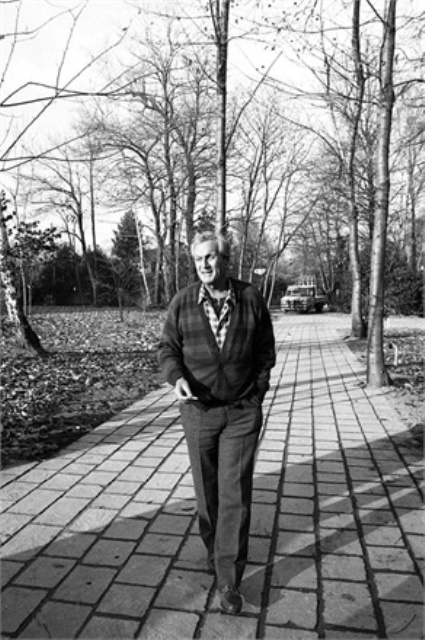 Ottavio Missoni in Sumirago, 1975, photo courtesy of Vogue.it