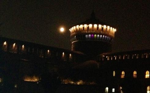 The moon & Castello Sforzesco, photo by N