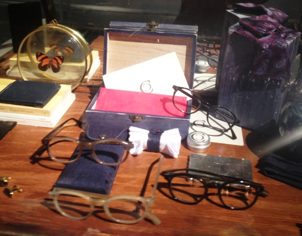 The natural horn glasses custom made by Cesare Cunaccia for Boudoir along with objects talking about Cunaccia, photo by N