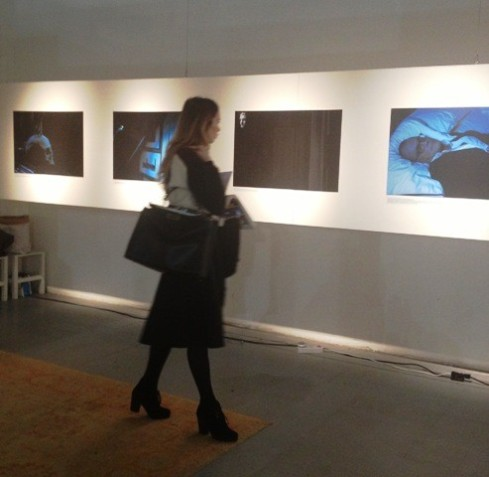 The journalist Maria Elena Capitanio visiting the exhibition project, photo by N