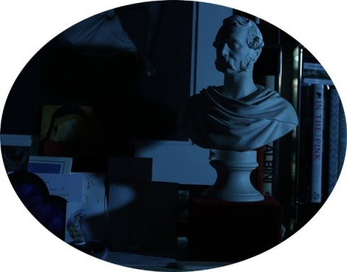 photo by Mustafa Sabbagh, sculpture in biscuit porcelain, from the late seventeenth century, manufacture by Nymphenburg depicting the prince Albert von Sachsen-Coburg und Gotha placed behind one of the many bookcases of Cesare Cunaccia's home