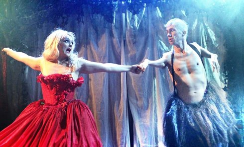 "Julie Atlas Muz and Matt Fraser in ""The Beauty an the beast"""