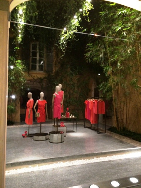 The Max Mara boutique placed in the same building of Arti and Mestieri restaurant, photo by N