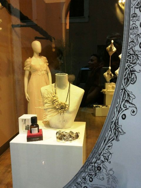 """The jewelry by Myriam B., a dress by Christian Lacroix and the scent """"3# nota di viaggio (Ciavuru d'amuri)"""" by Meo Fusciuni, photo by N"""