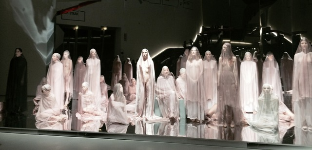 VB74 , performance by Vanessa Beecroft, photo by N