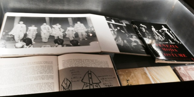 """Catalogues and documents ft. in """"Bellissima"""", photo by N"""