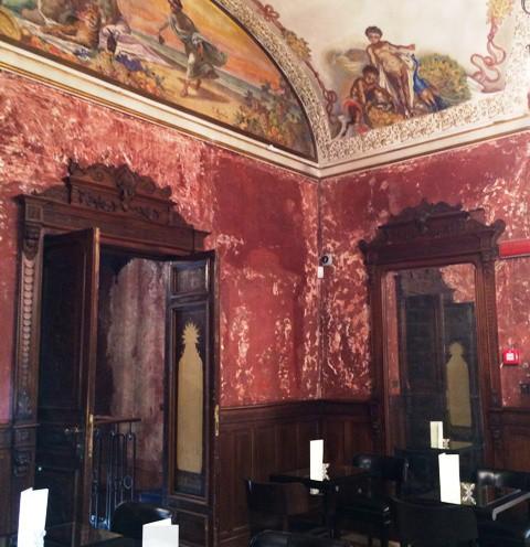 La Torre wine bar at Villa Laetitia, Rome, photo by N