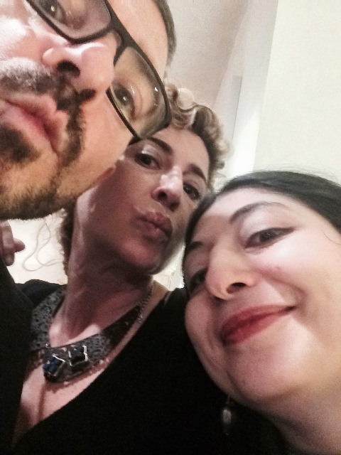 Kissing moment featuring me, myself and I, Ilaria Venturini Fendi and Carlo Alberto, photo by N