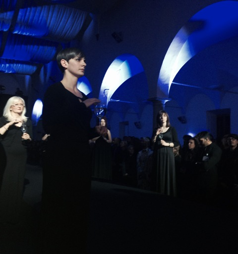 The performance by the Gregorian Chorus before the fashion show by DiLIBORIO,  photo by N