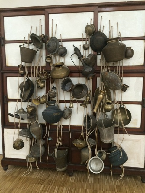 Subodh Gupta, Ancestor cupboard, 2012, courtesy of the artist and Hauser & Wirth, London/Zurich, photo by N