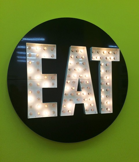 Robert Indiana. the electric eat, 1964, courtesy of Galerie Gmurzynska AG, photo by N