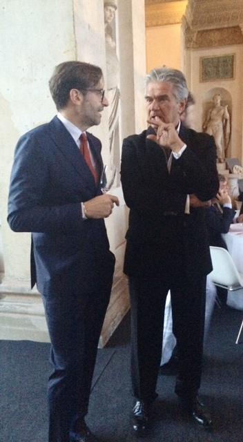 Stefano Gozzoli talking with Mario Dell' Oglio ( The President of Italy Buyer Chamber), photo by N