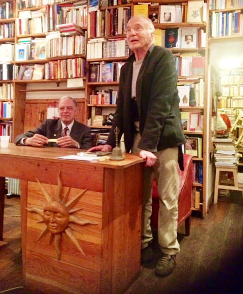 Edoardo Quarantelli introducing Francesco Roat at the Rome Aseq bookshop, photo by N